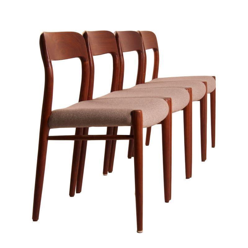 Deens Design Eetkamerstoelen.Set Deense Eetkamer Stoelen Van Niels Moller Voor Jl Moller 1950s