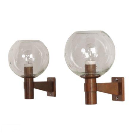 Paar Koperen Wandlampen met Glazen Bol in de Stijl van de Amsterdamse School, ca. 1960 | Vintage Design