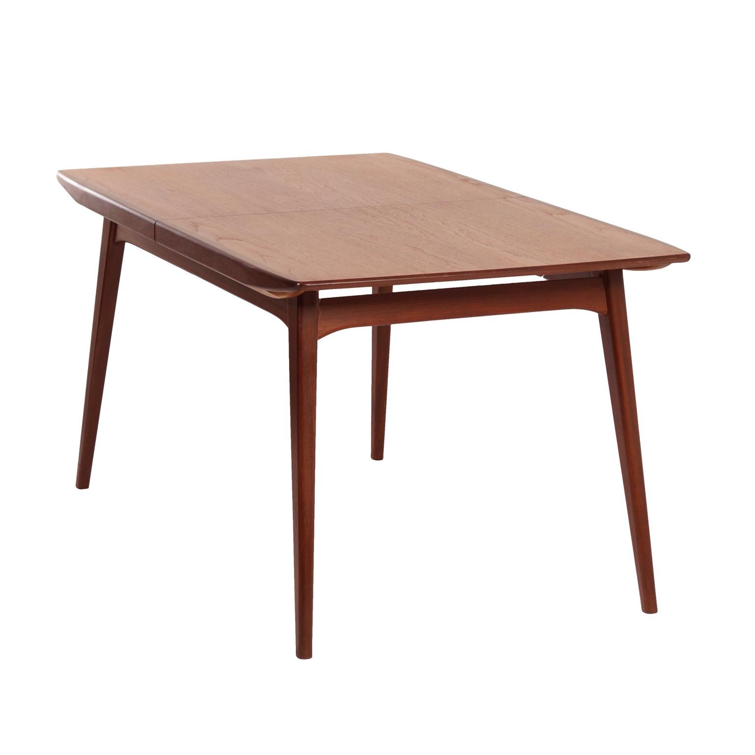 Teakhouten Tafel Met 8 Stoelen.Teakhouten Eettafel Van Louis Van Teeffelen Voor Webe 1960s