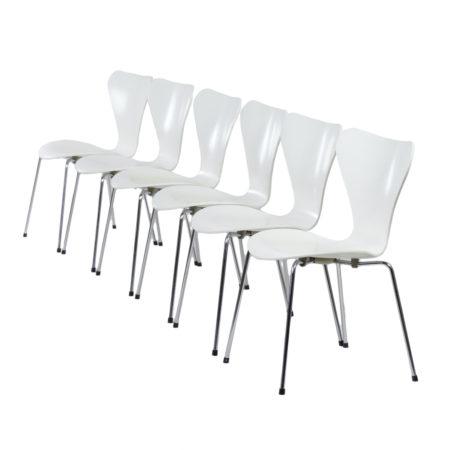 Set Witte Vlinderstoelen van Arne Jacobsen voor Fritz Hansen, 1950s | Vintage Design