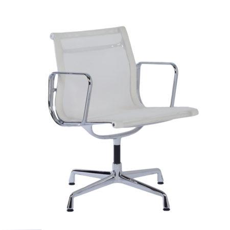 EA 107 Bureaustoel in Witte Netweave van Charles & Ray Eames voor Vitra, 2000s | Vintage Design