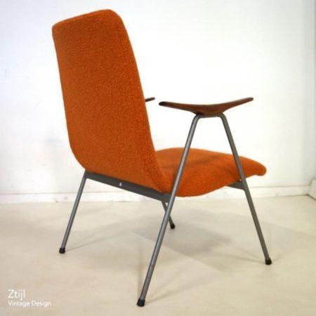 Vintage Fauteuil met Armleuningen, 1960s – Opnieuw Bekleed