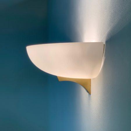Art Deco Wandlamp van Jean Perzel, 1930s | Wit Glas