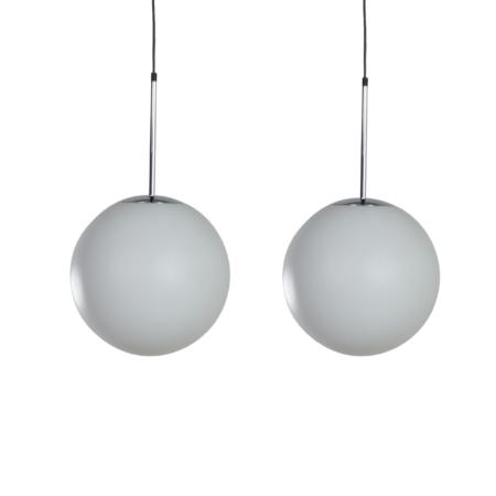 Paar Satijnglazen Hanglampen van Peill & Putlzer, 1970s | Vintage Design