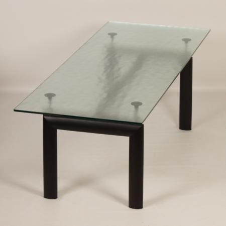 Lc 6 tafel van Le Corbusier, Jeanneret en Perriand voor Cassina, 2000s