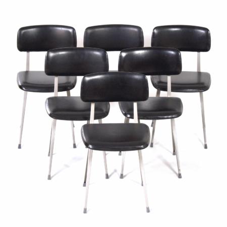 Zwarte Result Stoelen van Friso Kramer en Wim Rietveld voor Ahrend de Cirkel, 1960s | 6 stuks | Vintage Design