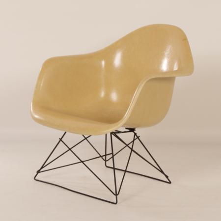 LAR Kuipstoel van Charles & Ray Eames voor Herman Miller, 1970s – C