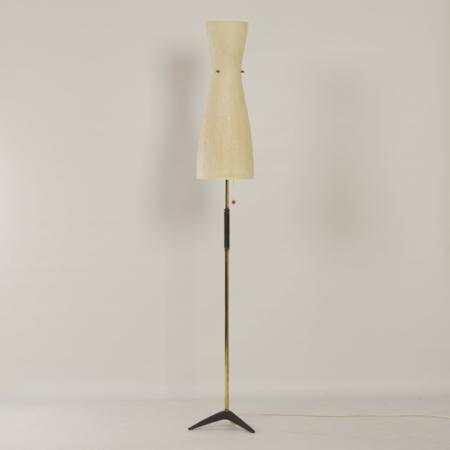 Vintage Vloerlamp met Glasfiber Kap en Messing Tripod Staander, 1950s
